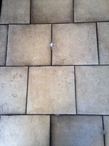マンションの玄関の床画像